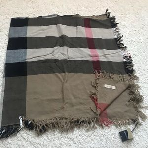 Authentic Burberry check wool scarf